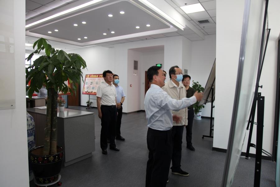 王省长2网站.jpg